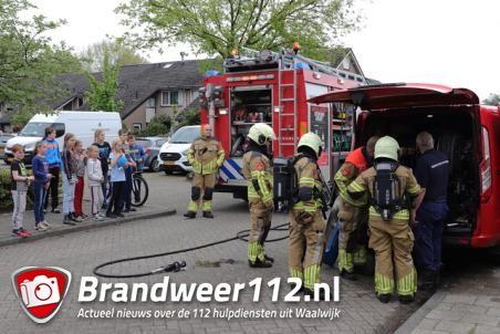 Brand in bestelbusje aan de Alexander Voormolenstraat Waalwijk