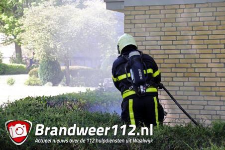 Buitenbrandje aan de Esdoornstraat Waalwijk