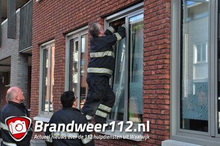 Buitensluiting en pannen op het vuur aan de Grotestraat Waalwijk