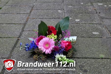 Inwoners van Waalwijk vinden bloemstukjes op straat
