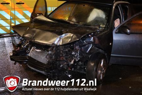 Drie gewonden door ongeluk met vrachtwagen in Waalwijk