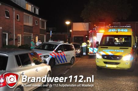 Koolmonoxidemelder gaat af in woning: Twee mensen onwel aan de Korenbloemstraat Waalwijk