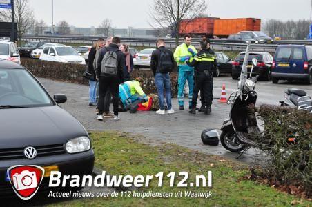 Scooterrijder gewond bij aanrijding aan de Taxandriaweg Waalwijk