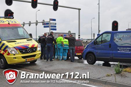 Kopstaart aanrijding aan de Taxandriaweg Waalwijk