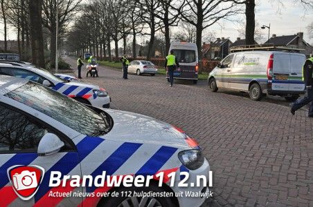 Verkeerscontrole aan de Ambrosiusweg Waalwijk