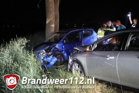 Drie gewonden bij botsing tussen twee auto's in Waalwijk