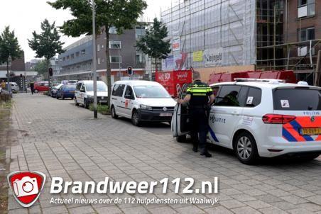 Verwarde man zwaait met riem en valt mensen lastig in Waalwijk