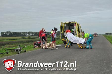 Wielrenner komt hard ten val aan de Zomerdijk Waalwijk