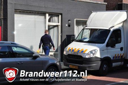 Foto-Update: 3 aanhoudingen bij vondst hennepkwekerij aan de Grotestraat Waalwijk