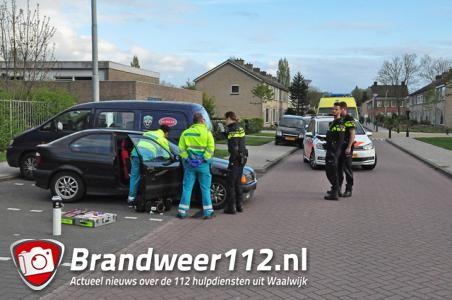 Man ligt dronken in auto aan de Stijn Streuvelsstraat Waalwijk