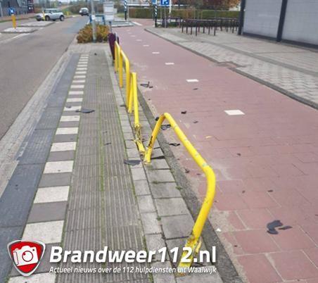 Dronken bestuurder maakt brokken en gaat ervandoor aan de Prof. Asserweg Waalwijk