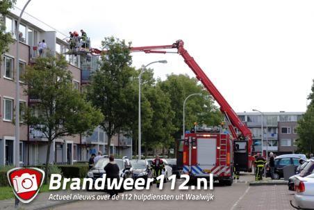 Brandweer rukt groots uit naar Noordstraat voor rokende prullenbak
