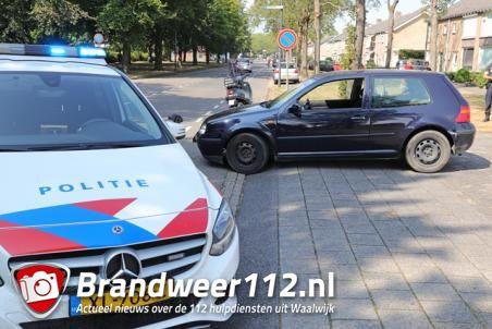 Botsing tussen auto en scooter aan de Groenewoudlaan Waalwijk