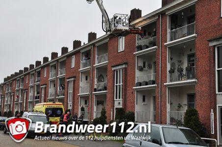 Brandweer rukt uit voor assistentie ambulance aan het Hertog Janpark Waalwijk