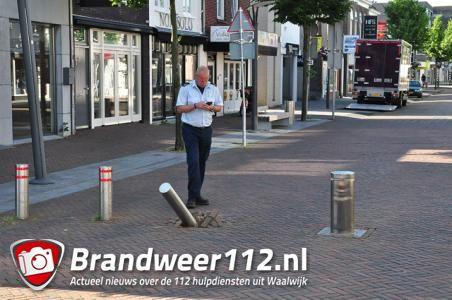 Politie-achtervolging door centrum Waalwijk eindigt in doodlopende weg