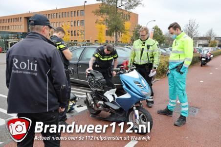 Scooterrijder gewond door botsing met auto aan De Gaard Waalwijk