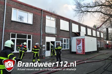 Collega-bakkers helpen door brand getroffen Hans Beijnen en bakken brood voor zijn winkels