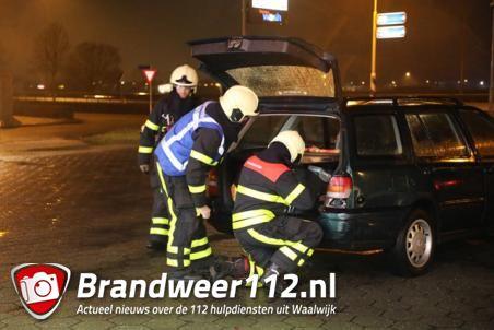 Automobilist tankt LPG en vergeet slang te verwijderen in Waalwijk