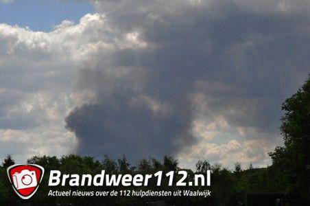 Rook te zien in Waalwijk door brand in Tilburg