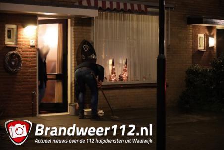 Scooterrijder gewond na knal tegen huis in Waalwijk