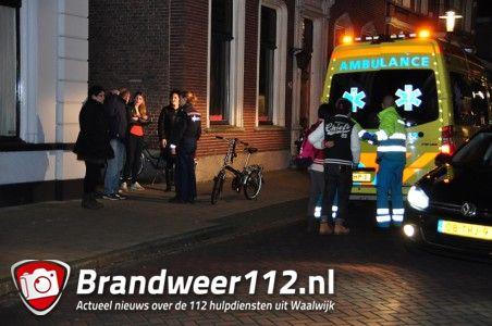 Automobilist rijdt meisje aan en gaat er vandoor aan de Grotestraat Waalwijk