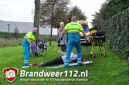 Man raakt gewond na val van fiets aan het Westeinde Waalwijk