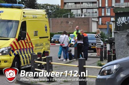 Vrouw krijgt slagboom op haar hoofd in Waalwijk