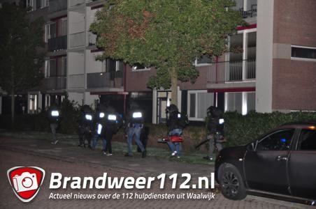 UPDATE: Woningen in Waalwijk ontruimd in verband met mogelijk explosief