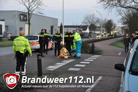 Meisje op fiets gewond door ongeluk met auto in Waalwijk