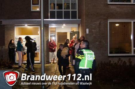 Bewoners uit appartementencomplex Waalwijk gehaald na brand