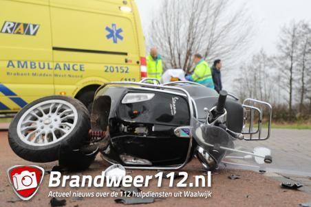 Scooterrijdster gewond geraakt na botsing met auto in Waalwijk