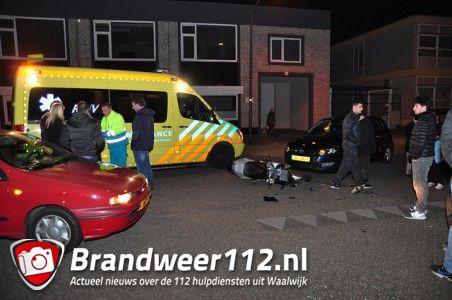 Scooterrijder gewond na aanrijding met auto aan de Grotestraat Waalwijk