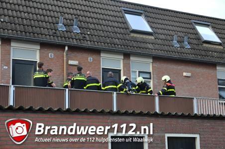 Wateroverlast verraadt hennepkwekerij in woning aan de Grotestraat Waalwijk