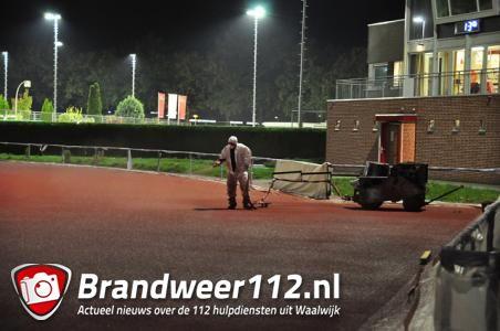 UPDATE: Tientallen mensen onwel rond atletiekbaan in Waalwijk door oplosmiddel xyleen