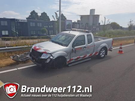 Bestuurder van auto botst tegen auto van provincie Noord-Brabant op Midden-Brabantweg
