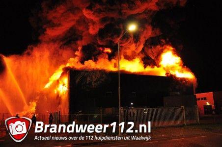 Zeer grote brand aan de Spuiweg Waalwijk