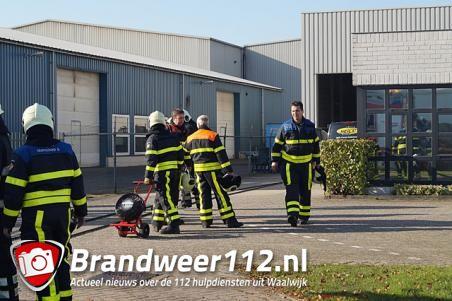 Gasfles in brand aan de Duikerweg Waalwijk