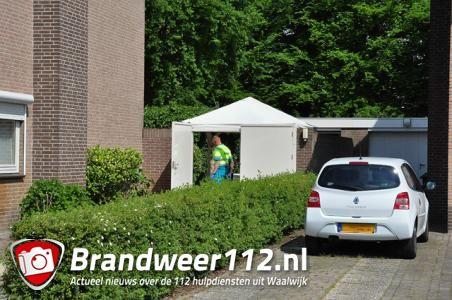 Man raakt gewond na val van ladder in Waalwijk