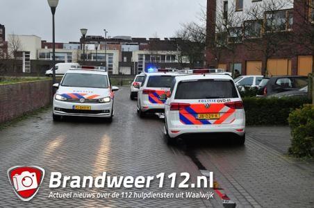 Politie rukt massaal uit voor echtelijke ruzie in Waalwijk: 'We hebben de melding iets overschat'