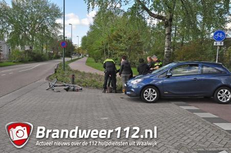 Meisje aangereden door automobilist aan de Bachlaan Waalwijk