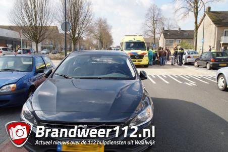 Kind gewond na aanrijding met auto in Waalwijk