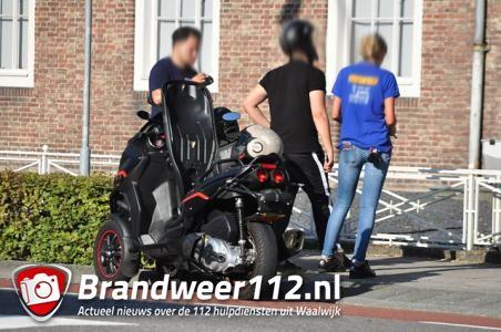 Weer een aanrijding met een driewielige motorscooter aan de Wilhelminastraat Waalwijk