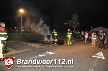 Brandweer blust buitenbrandjes tijdens De 80 van de Langstraat aan De Gaard Waalwijk