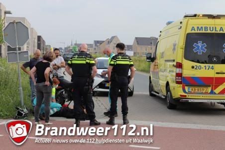 Jongen raakt lichtgewond na val van scooter aan de Burg. de Geusstraat Waalwijk