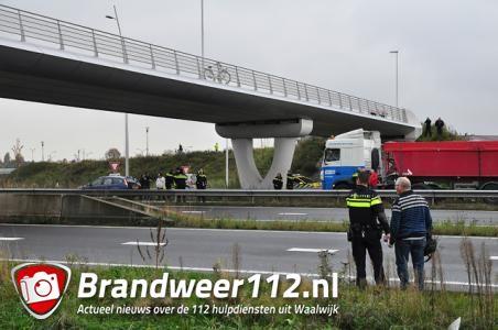 Persoon springt van brug Midden-Brabantweg Waalwijk