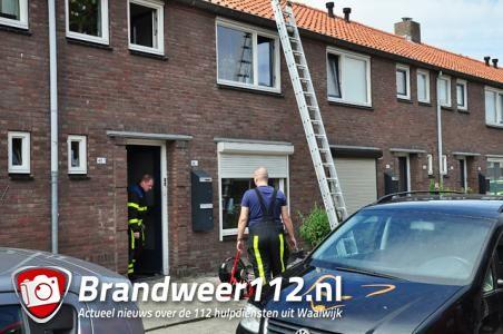 Woning Waalwijk tijdelijk ontruimd vanwege gaslek; man lag te slapen in zijn huis