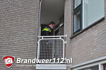 Woningovervallers bedreigen 19-jarige vrouw met vuurwapen aan de Pastoor van der Zijlestraat Waalwijk