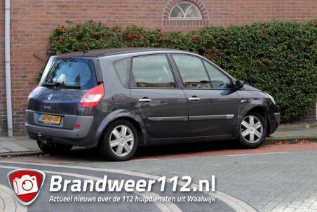 Twee auto's botsen op kruising aan de Baardwijksestraat Waalwijk