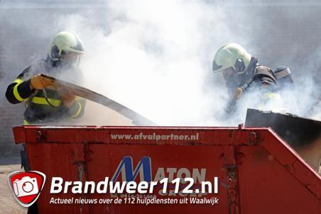Container met afval in brand aan de Tom Mandersstraat Waalwijk