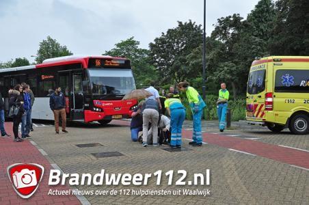 Jongetje aangereden door automobilist aan de Burg. Moonenlaan Waalwijk